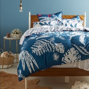 Anthropologie Palmera Bedding Set